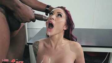 Interracial banging in the Monique Alexander's office